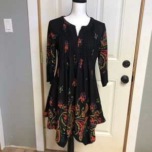 Reborn black tunic with red, yellow paisley, large